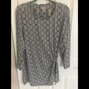 Chico's Tie Side Tile Print Tunic